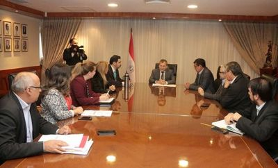 Titular judicial se reunió con Comisión de DD.HH del Senado