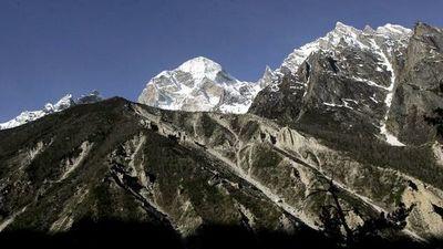 Glaciares del Himalaya se derriten dos veces más rápido desde inicio de siglo