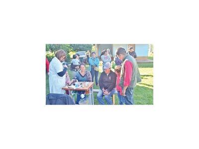 Jóvenes promueven atención médica gratuita en asentamientos de Misiones