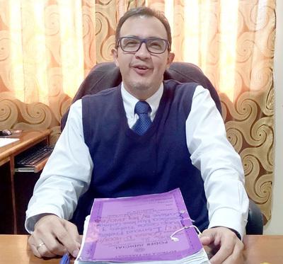 Marino Méndez debe ser imputado por prevaricato, sostienen abogados