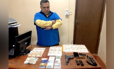 """""""Recaudador"""" de Senad detenido al exigir US$ 20.000 a cambista"""