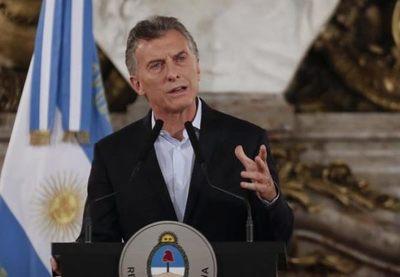 Macri acusa de «mafiosos» a los líderes del poderoso sindicato de camioneros