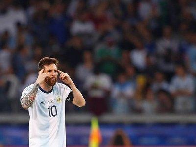 La recomendación de Kempes a Messi