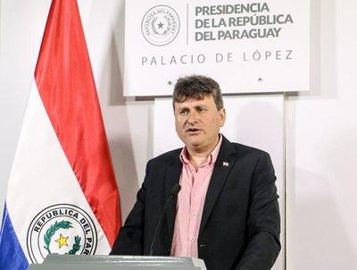Ministro reafirma compromiso de trabajar por mejores políticas en favor a productores