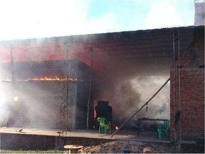 Se pierden 7 toneladas de yerba mate agroecológica en un incendio