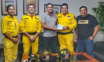 Pagan parte de deuda con bomberos, dinero no era desembolsado por Sandra de Zacarías