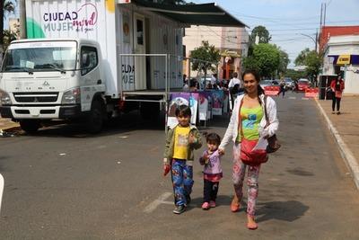 Ciudad Mujer Móvil acercó más de 16.700 servicios desde su presentación