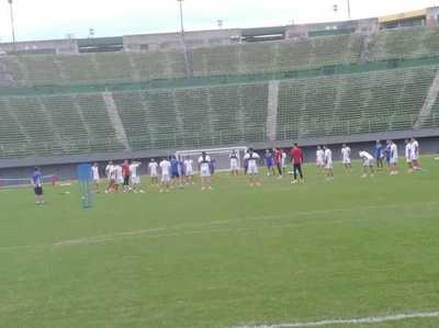 Paraguay entrena en Salvador Bahía