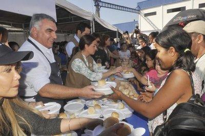 Athena Foods realizó jornada solidaria a favor de afectados por inundaciones