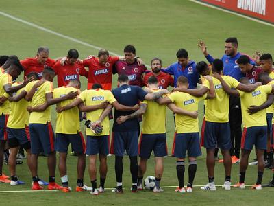 Dudas en Colombia en cuanto al equipo para el domingo
