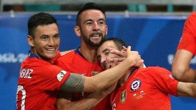 Chile, a cuartos tras vencer a Ecuador