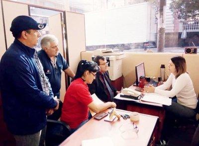 Denuncian pago ilegal de Copaco a firma SST