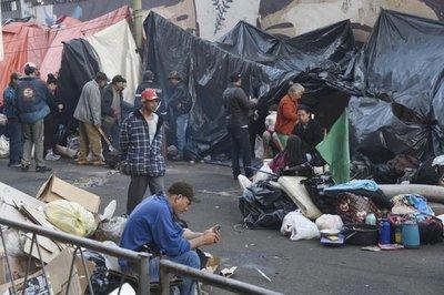 Comercios céntricos con millonarias pérdidas diarias por manifestación campesina