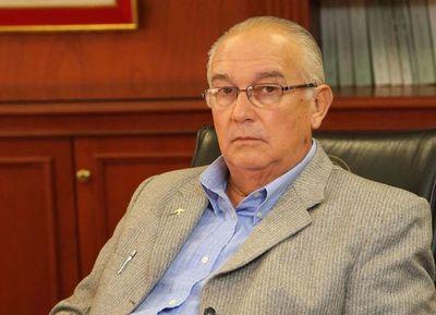 Fiscalía pide juicio para exministro de la Corte