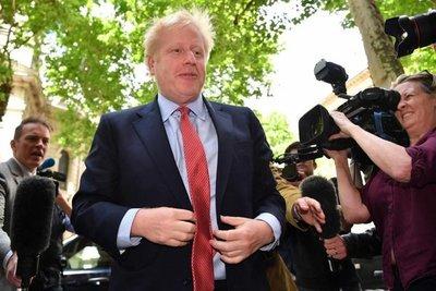 Disputa a gritos con su novia interfiere en la campaña de Boris Johnson