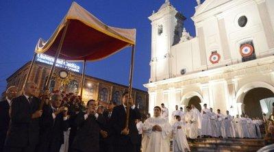 Celebraron el Corpus Christi por la eucaristía para todos