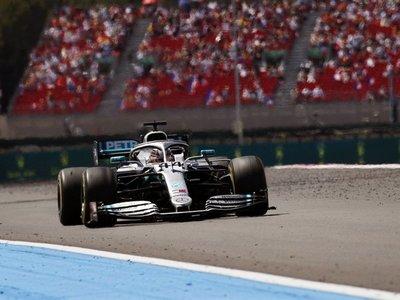 Hamilton se pasea y gana en GP de Francia