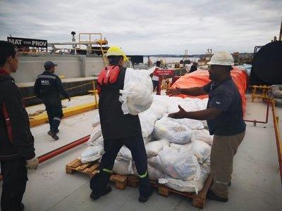 40 toneladas de alimentos llegan a damnificados del Chaco
