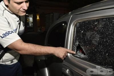 Tortoleros robaron autorradio en pleno microcentro