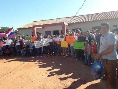 Toman puesto de salud en Maracaná y encierran a personal de blanco