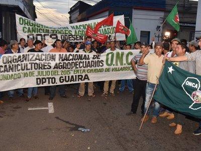 Gobierno no cierra acuerdo con campesinos y siguen negociaciones