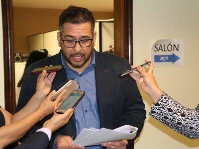 Defensor declara asueto por San Juan benéfico a favor de familias de Pilar