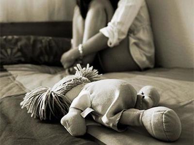 Un hombre fue condenado por abusar y embarazar a su propia hija