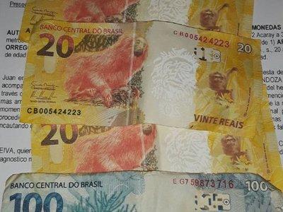Chupi con plata falsa les costará millonaria multa