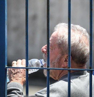 """Juez del Supremo propone un """"habeas corpus"""" para liberar a Lula"""