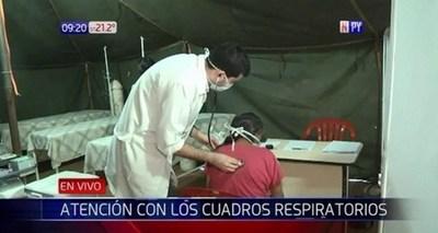Habilitan carpas para atención preferencial a pacientes con afecciones respiratorias