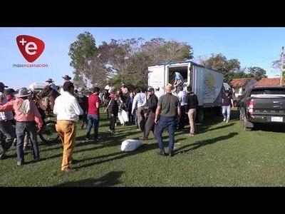 COOPERATIVA COLONIAS UNIDAS ENTREGÓ DONACIONES A DAMNIFICADOS DE ÑEEMBUCÚ