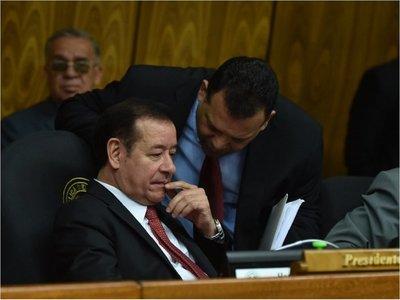 Miguel Cuevas se despide como presidente de Diputados, en el ojo de la tormenta
