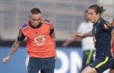 La bendición de Everton y la cruz de Fernandinho ante Paraguay