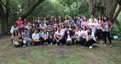 Más de 30 jóvenes y adolescentes participan de campamento de liderazgo