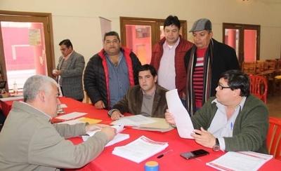 HOY / ANR agranda la 'musculatura' de su aparato electoral con 47.580 nuevos afiliados
