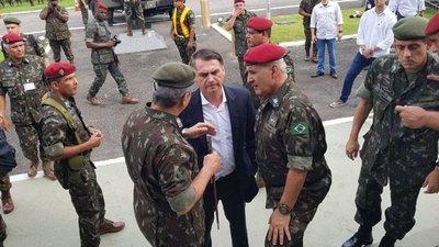 España envía a prisión al militar de comitiva de Bolsonaro que llevaba cocaína