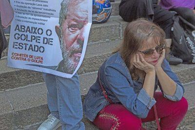 Corte decide si libera a Lula de la cárcel