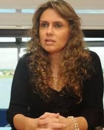 Rocio Vallejos insta a que juzgados trabajen doble turno para dar celeridad a los expedientes