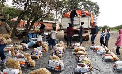 1.280 familias indígenas aisladas por inundación reciben alimentos