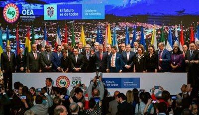 """Asamblea General de la OEA quiere doblegar la """"dictadura"""" en Venezuela"""