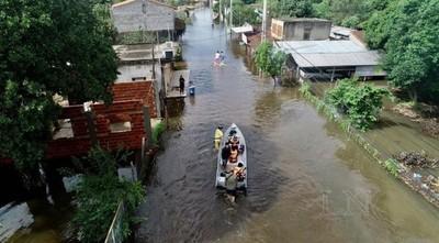 Descenso del río Paraguay en Pilar: Municipio organiza operativo retorno