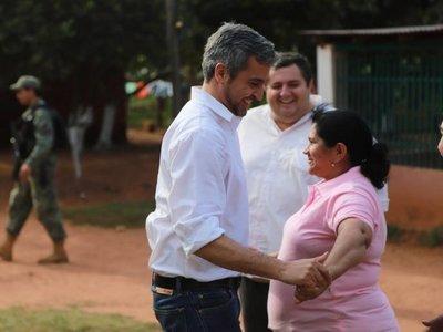 Mario Abdo se reúne con padres de Edelio Morínigo en Horqueta