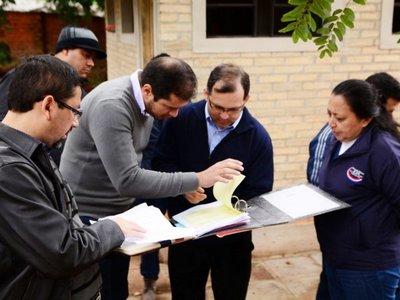 Obra adjudicada por  Comuna de CDE se encuentra paralizada en escuela
