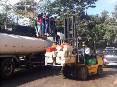 Interceptan camión cisterna con más de 5.000 kilos de marihuana