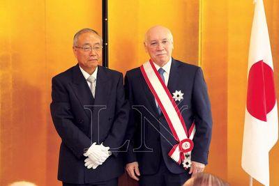 Condecoración del Japón a ex ministro reafirma lazos