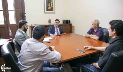 """Biblioteca Pública """"Las Américas"""" de Quiindy será administrada por la SNC"""