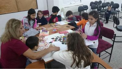 Aunque aún estamos lejos de lo ideal, jóvenes paraguayos sí están leyendo más, dicen