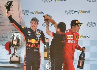 Verstappen remonta y se queda con el GP de Austria