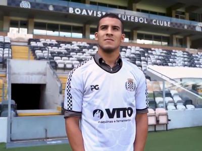 Boavista presenta a Fernando Cardozo como nuevo refuerzo