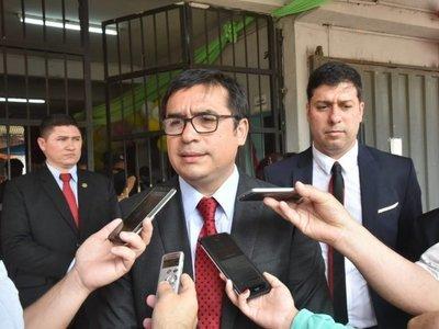 Ministro de Justicia afirma que hay guardiacárceles iniciados en el PCC